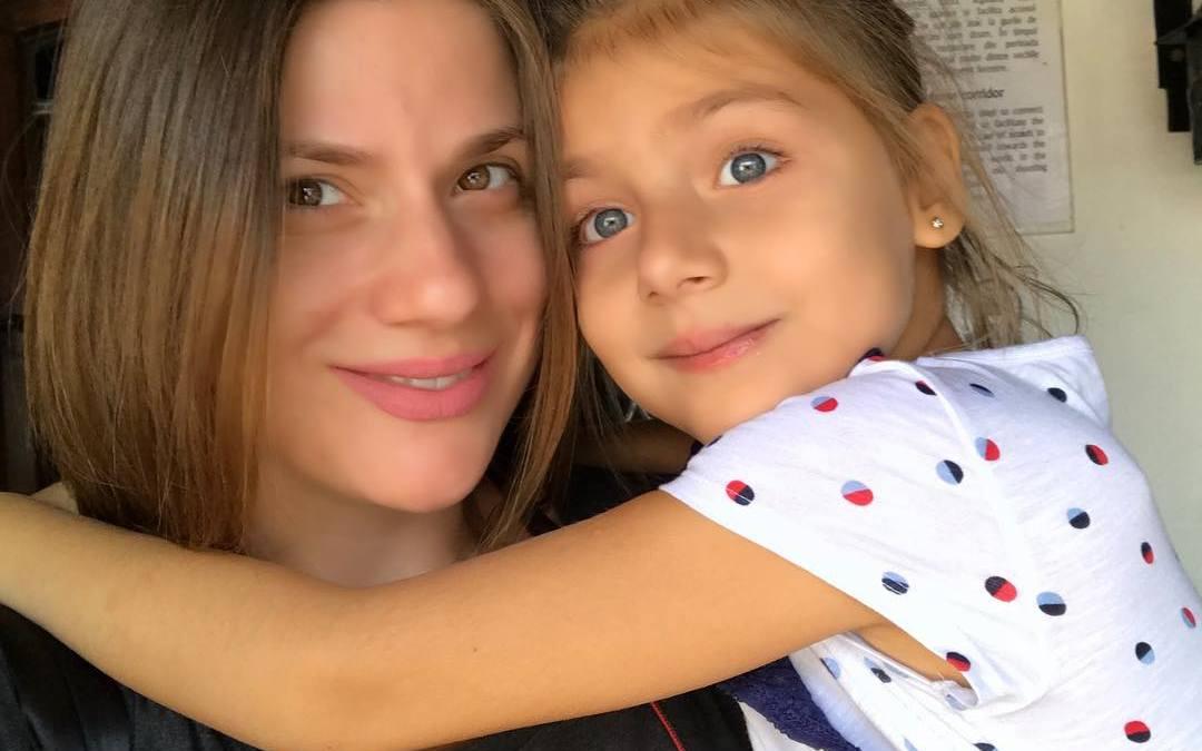 """Tily Niculae, actrița din serialul La Bloc, administrează un blog de parenting: """"Viața mea s-a schimbat așa de mult de când este Sofia..."""""""