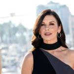 Catherine Zeta-Jones a făcut furori într-o fustă scurtă. Cum arată actrița la 51 de ani