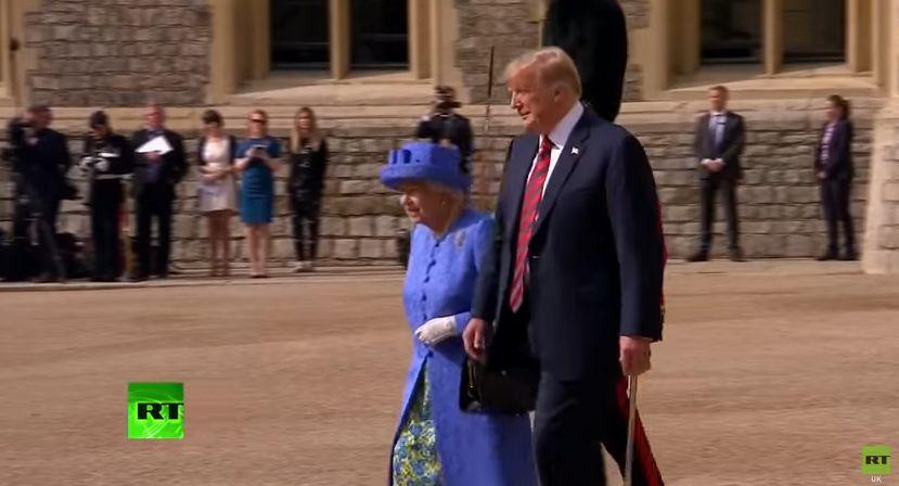 Donald Trump, impresionat de Regina Elisabeta! Ce i-a spus suverana Marii Britanii când l-a văzut prima dată