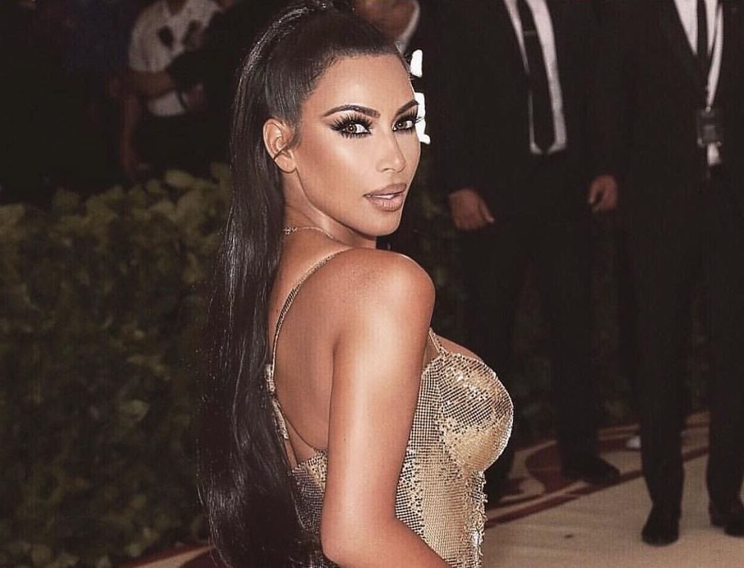 Wow! Kim Kardashian a reușit să câștige un milion de dolari pe minut. Ce a făcut vedeta de și-a rotunjit conturile