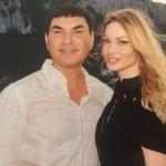 Valentina Pelinel îi este alături soțului ei, Cristi Borcea, care se confruntă cu probleme de sănătate