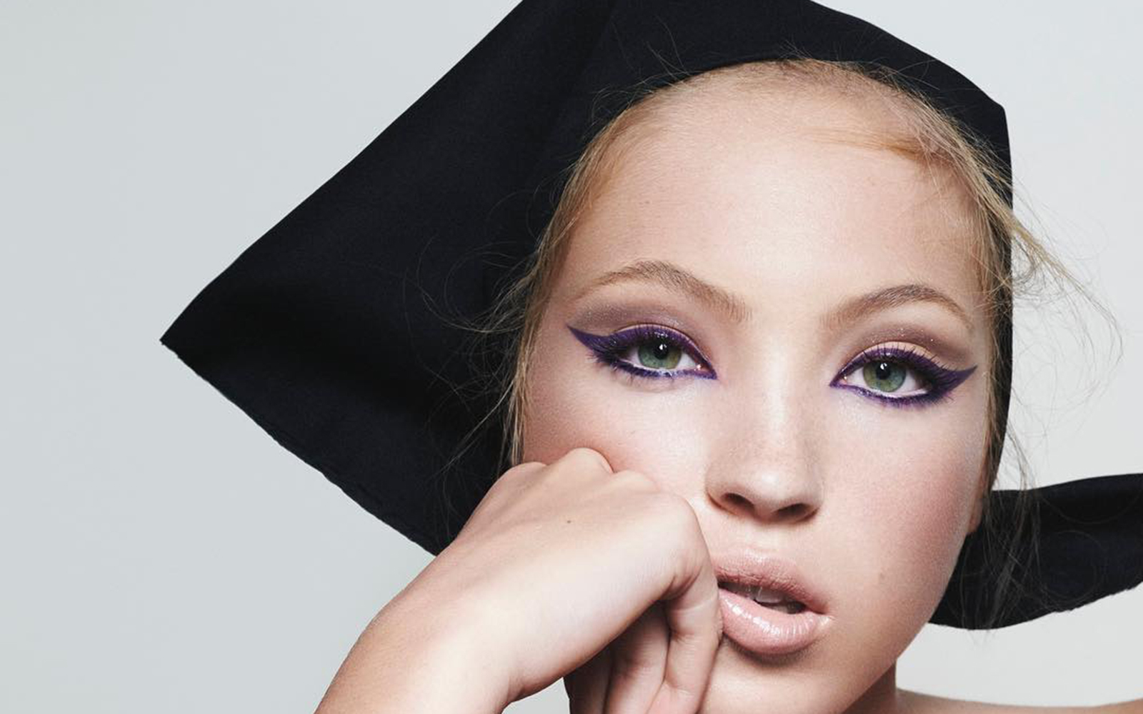 Fiica lui Kate Moss, Lila, a semnat primul ei contract de modeling! Este noua imagine Marc Jacobs Beauty