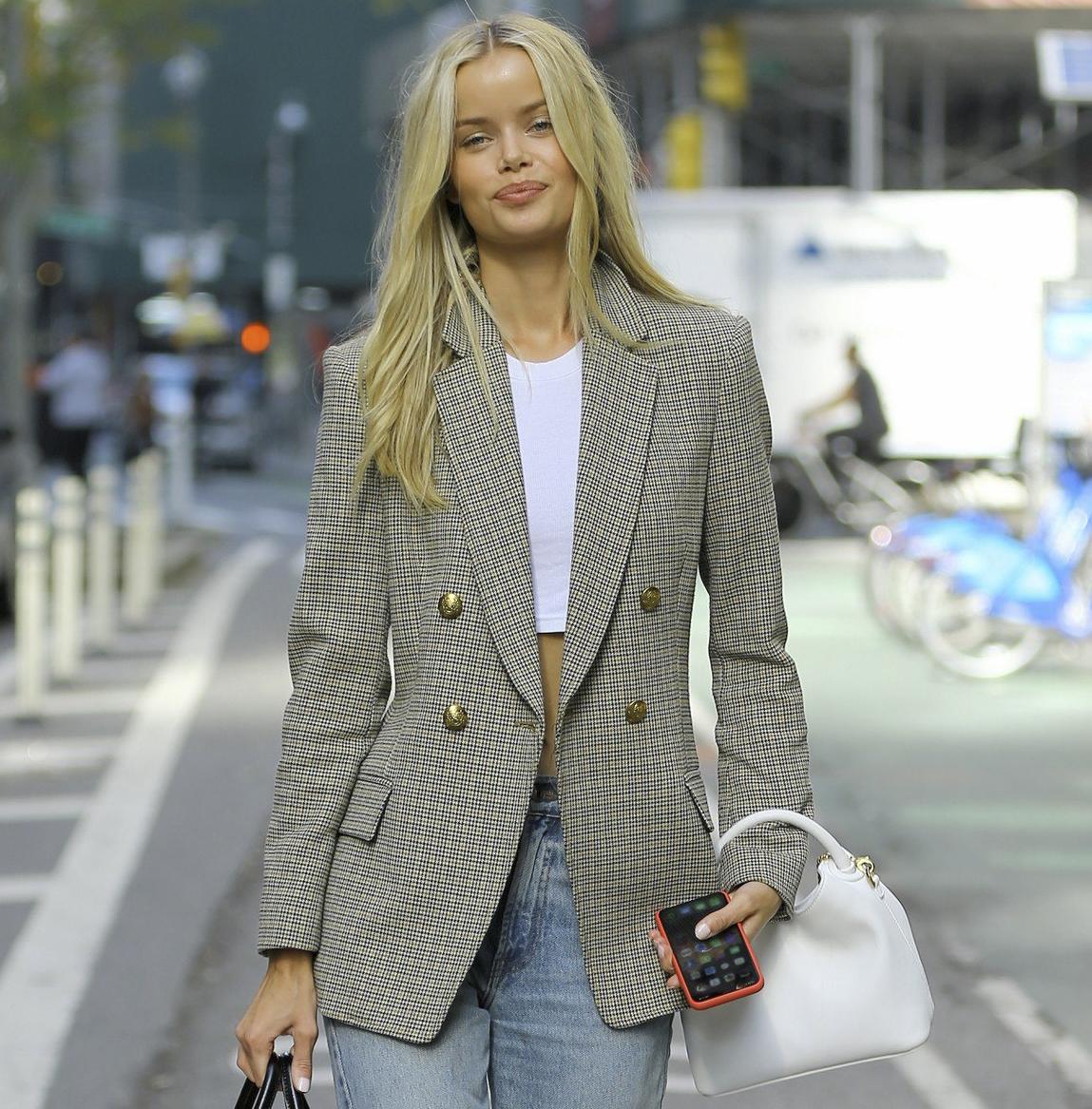 Denimul ca trend în moda de stradă