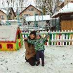 Andreea Mantea, din nou în România! Vedeta TV și fiul ei, David, încântați de zăpadă