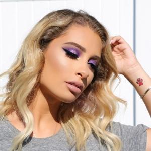 Machiaj de Revelion 2019 Machiajul pastel - Nicol Concilio Beauty Make-Up Vlogger, Instagram, machiaj mov, pastel, tuș negru, ruj nude rozaliu