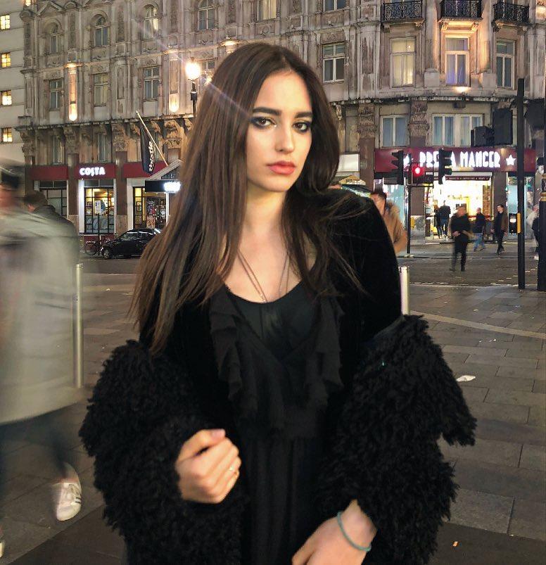 Ce frumoasă este fiica Andreei Berecleanu (7)