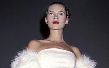 La mulți ani, Kate Moss! Modelul împlinește 45 de ani