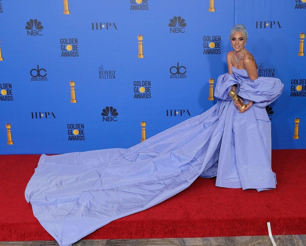 Globurile de aur 2019 rochii Lady Gaga în Valentino Couture