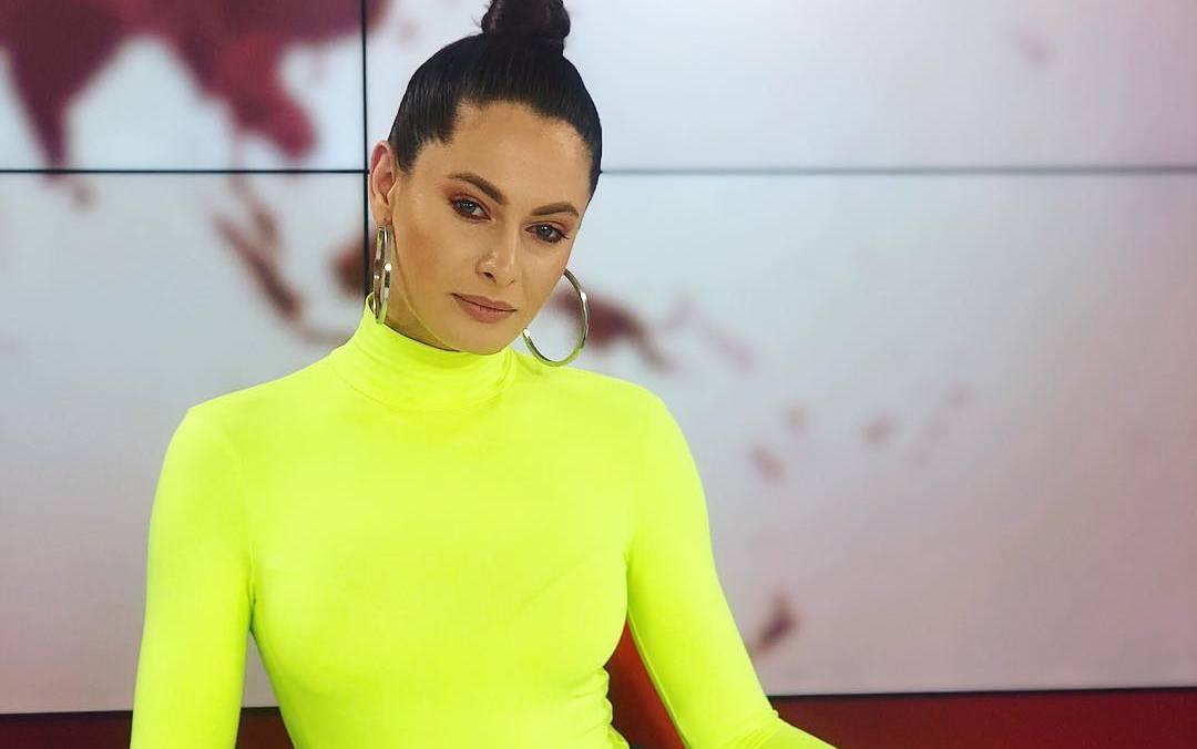 """Cum era văzută cântăreața Raluka înainte să apeleze la stiliști: """"Un dezastru"""""""