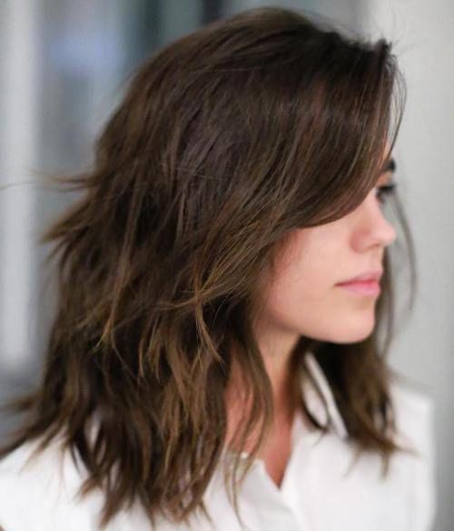 Tunsori Pentru Păr Mediu în 2019 Tunsoare în Scări Păr