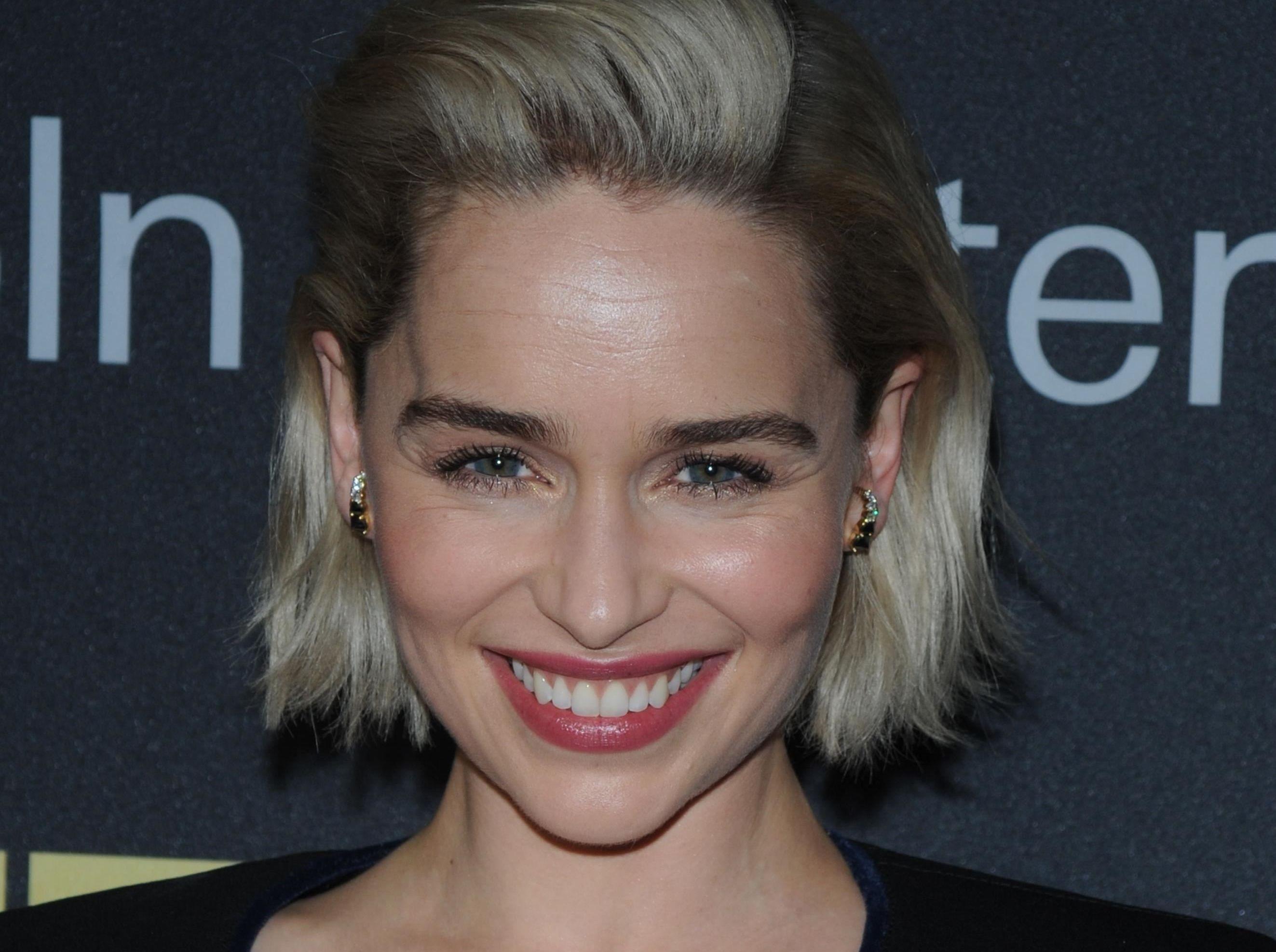 Emilia Clarke a fost operată pe creier! Ce a păţit actriţa din 'Game of Thrones'