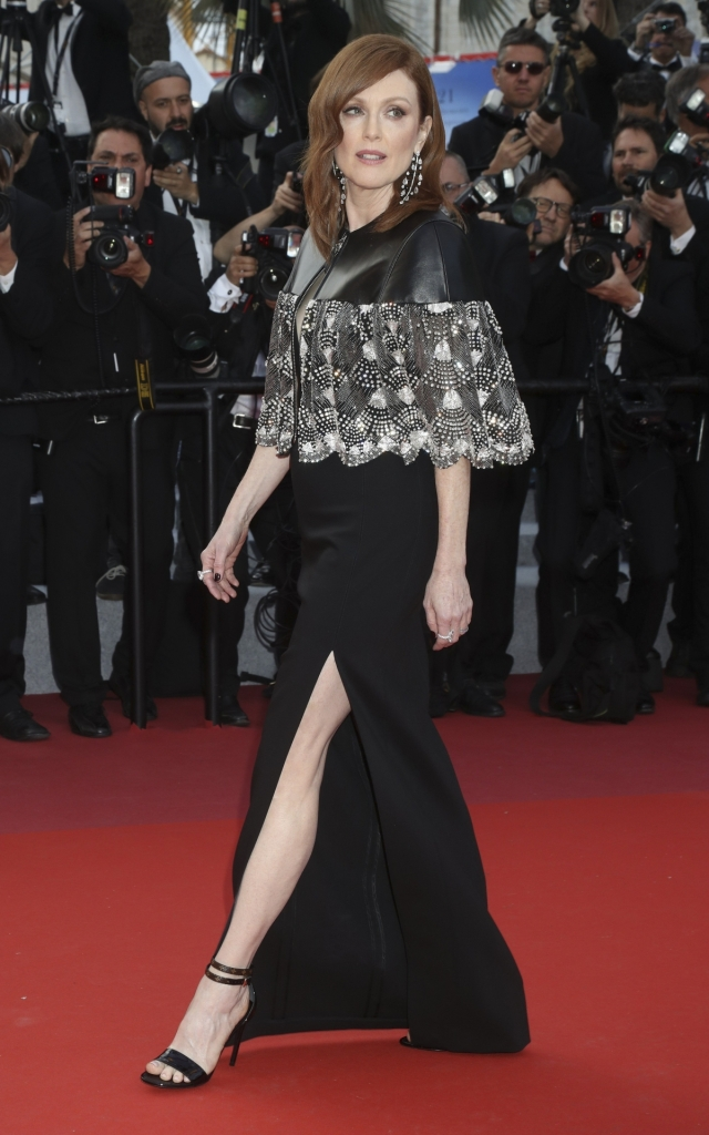 Celebritățile în a doua seară a Festivalului de Film de la Cannes 2019. Julianne Moore în Louis Vuitton Resort 2020