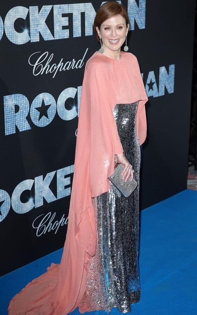 Celebritățile în a treia seară a Festivalului de Film de la Cannes 2019. Julianne Moore în Givenchy Primăvară 2019