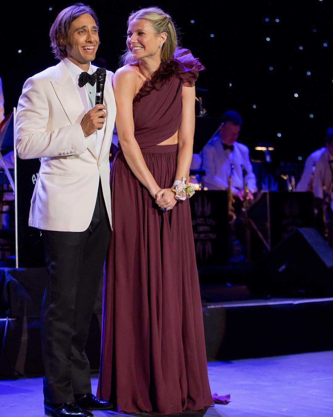 Gwyneth Paltrow nu locuiește cu soțul ei (8)