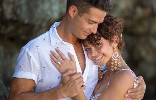 Sarah Hyland a fost cerută de soţie! Ce surpriză i-a făcut iubitul său