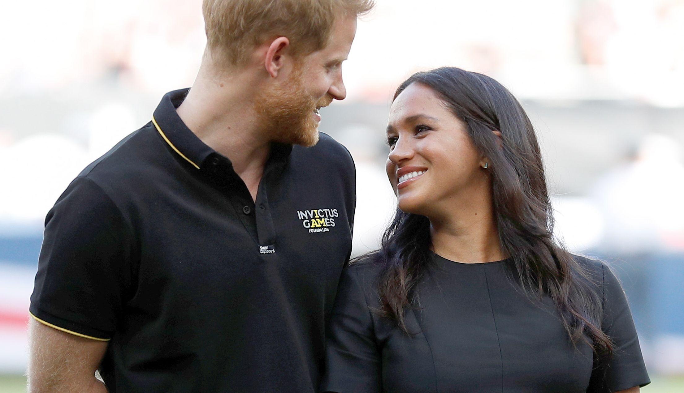 Prințul Harry și Meghan Markle se pregătesc să îşi mărească iar familia! Ducesa e însărcinată?