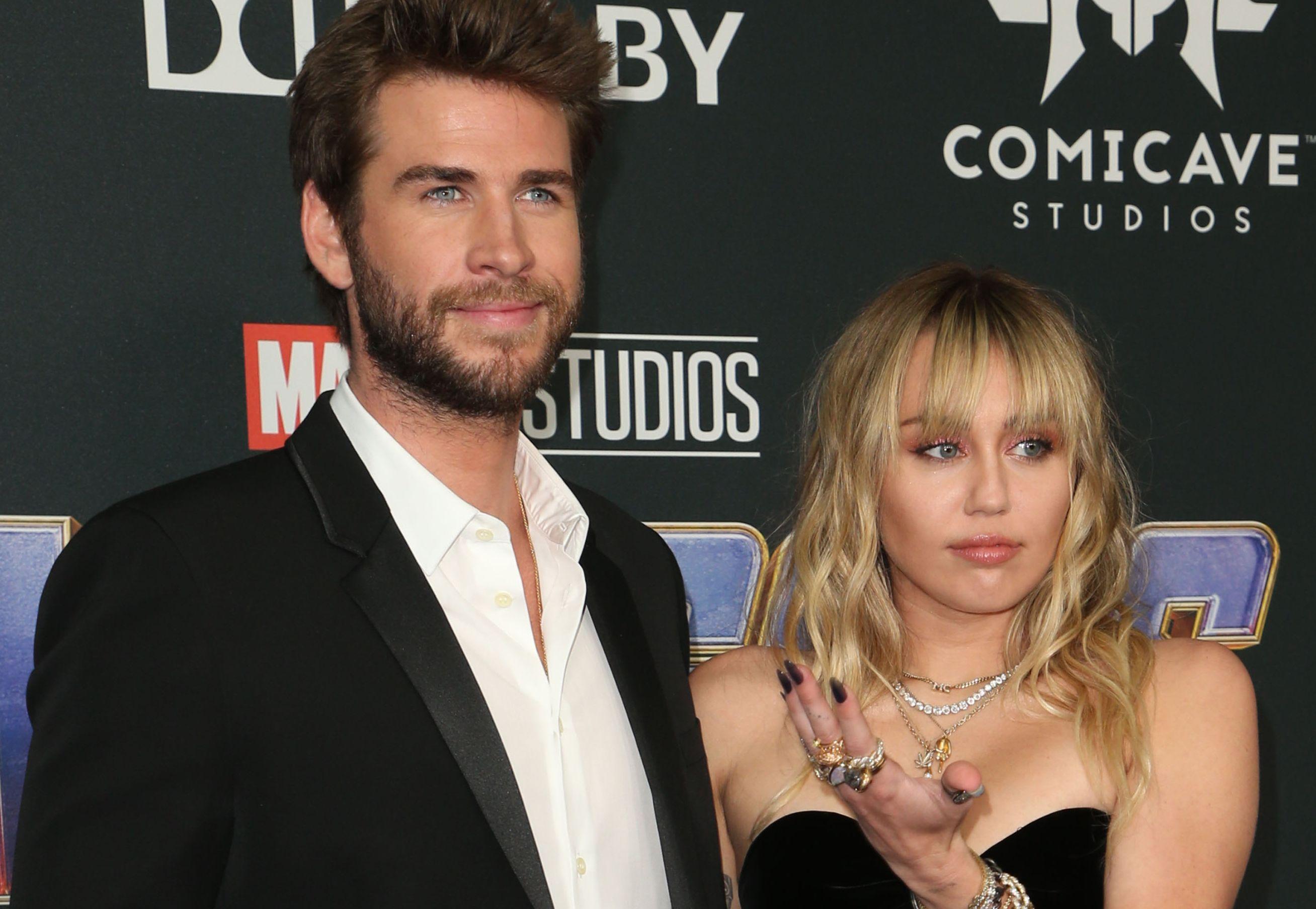 Miley Cyrus l-a înşelat pe Liam Hemsworth? Ce spune despre despărţirea lor