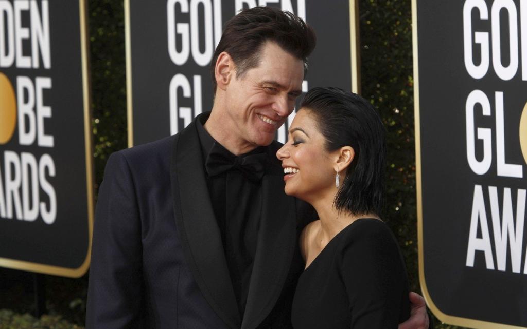Jim Carrey și Ginger Gonzaga s-au despărțit după aproape un an de relație