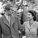 Regina Elisabeta a II-a și Ducele de Edinburgh au sărbătorit 72 de ani de căsnicie!