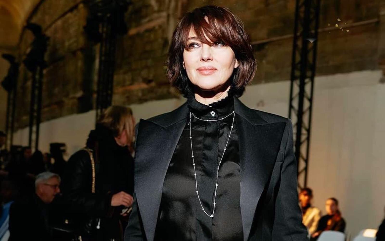 Monica Bellucci, tunsoare îndrăzneață pentru Paris Haute Couture