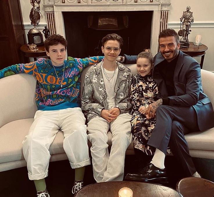 David Backham, alături de Cruz, Romeo, Harper, la prezentarea Victoria Beckham Foto:Instagram