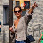 Jeans prespălat: Katie Holmes aduce trend-ul înapoi