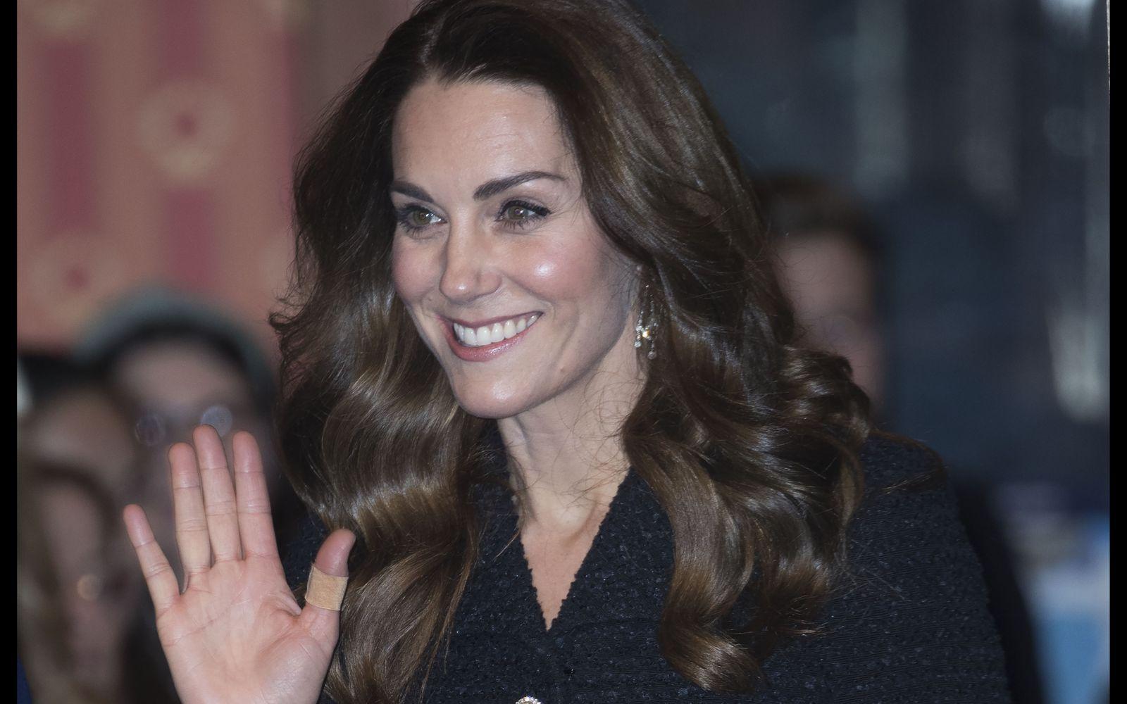 Kate Middleton, exemplu de eleganță la brațul Prințului William, la un eveniment din Londra