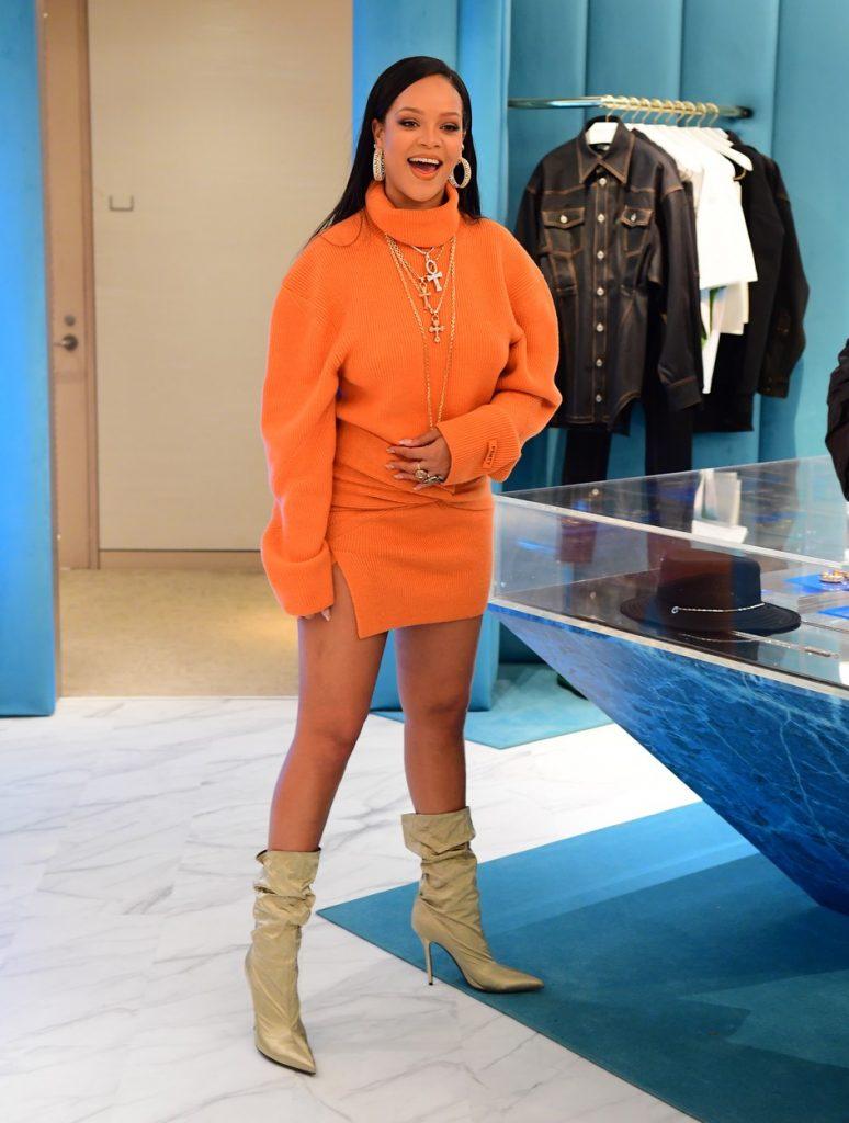 Rihanna la deschiderea Fenty Pop Up Shop at Bergdorf Goodman Foto: Profimedia