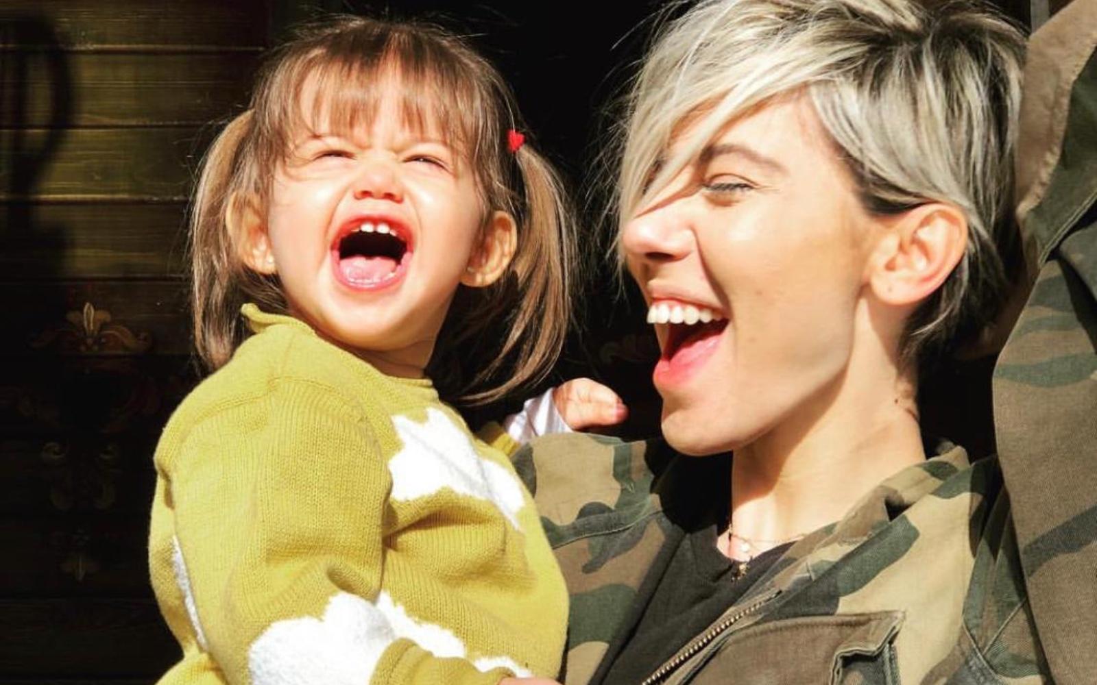 Sore a lansat primul videoclip alături de fiica sa, Erin! Ce peripeții au întâmpinat la filmări