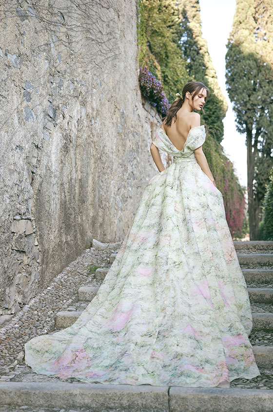 Monique Lhuillier Bridal Fall 2020 Toamna 2020 trenduri rochii de mireasa spate gol oana nutu
