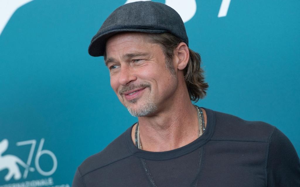 Ce legătură are Brad Pitt cu soțul iubitei sale, Nicole Poturalski (1)
