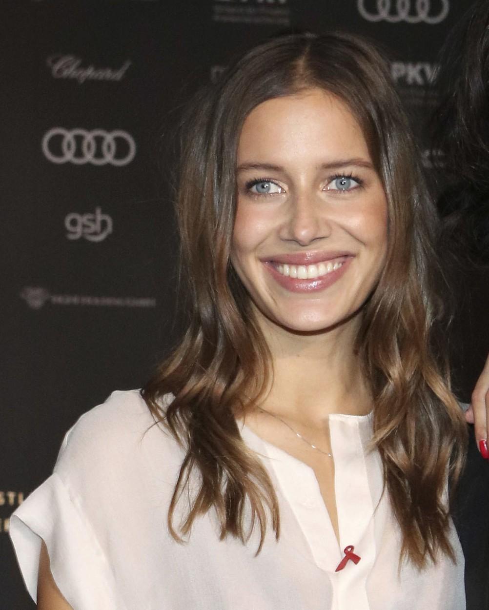 Ce legătură are Brad Pitt cu soțul iubitei sale, Nicole Poturalski
