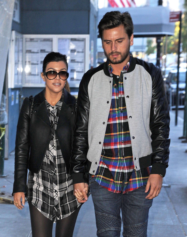 Kourtney Kardashian & Scott Disick Shop On 5th Avenue