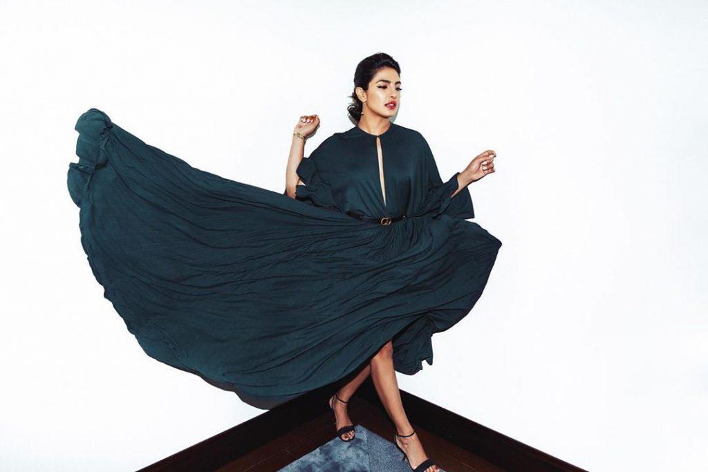 Priyanka Chopra, schimbare de look! Cum arată vedeta cu breton