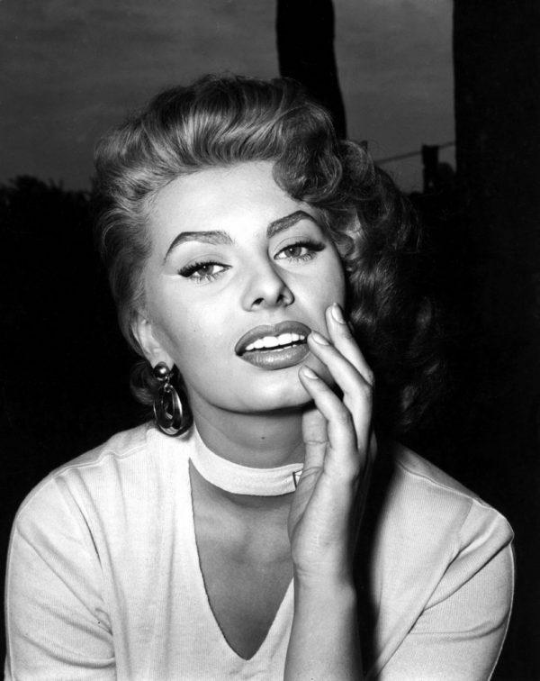 Sophia Loren se reîntoarce la actorie după o pauză peste 10 ani