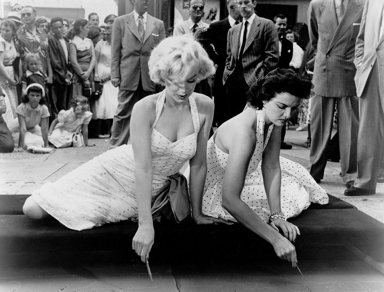 Marilyn Monroe and Jane Russell at the Grauman's Chinese Theater on June 26, 1953.,Image: 18864870, License: Rights-managed, Restrictions: , Model Release: no