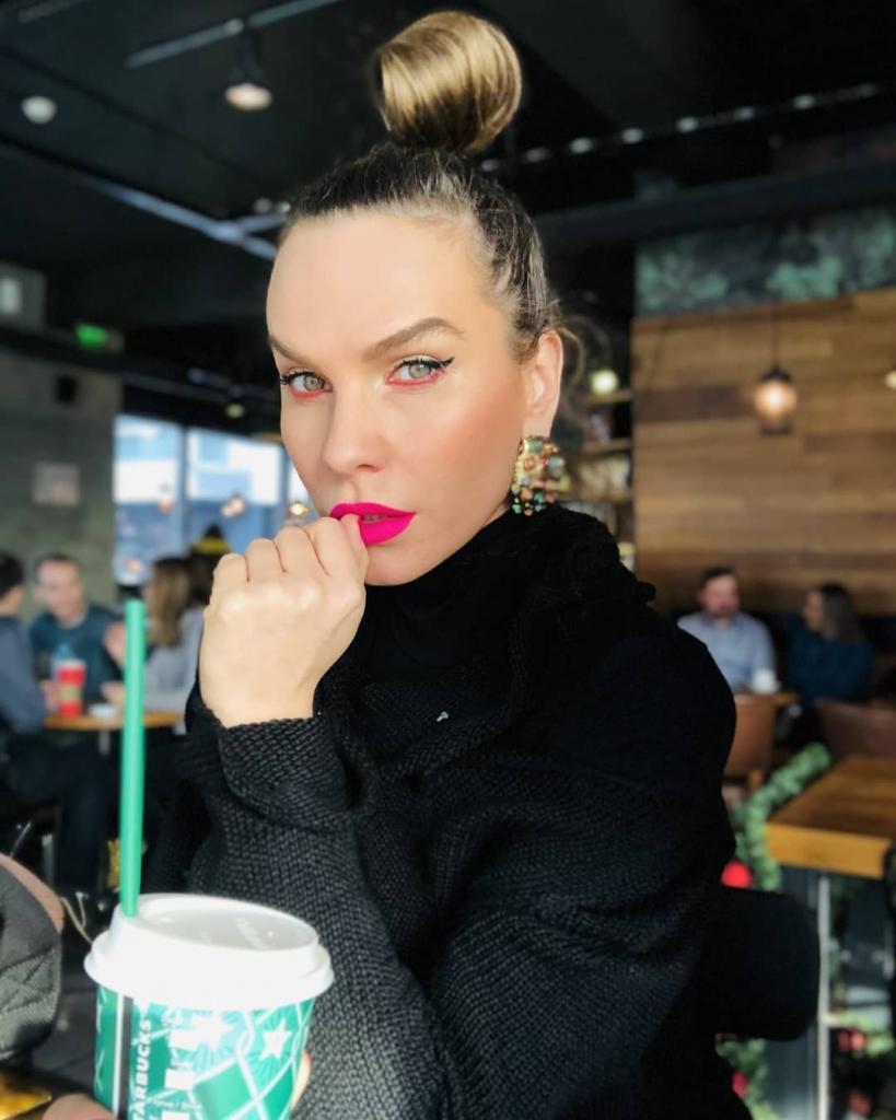 Secretul siluetei Annei Lesko cum se menține în formă (9)
