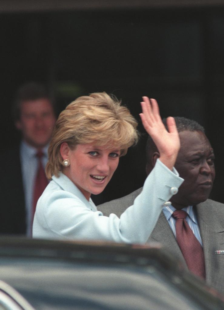 Hairstylistul Prințesei Diana, dezvăluiri despre coafura ce a consacrat-o (1)