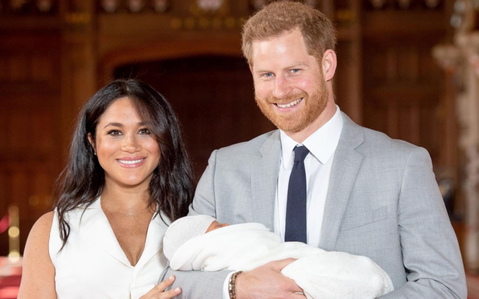 Micuțul Archie a împlinit 2 ani. Ce fotografie au publicat Prințul Harry și Meghan Markle