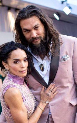 """Jason Momoa are o soţie superbă, mult mai în vârstă decât """"Aquaman"""". Imagini de colecție"""