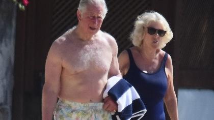 Șocant! Viitorul rege al Marii Britanii, în chiloți! Consoarta lui, Camilla, la fel!