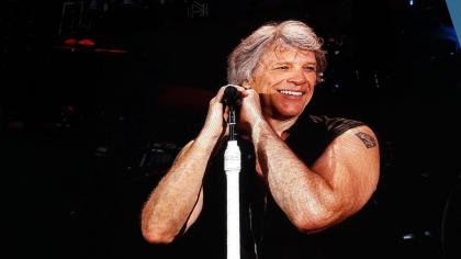 Căderi nervoase şi consum de alcool! De ce n-a dat Jon Bon Jovi o reprezentaţie bună la Bucureşti?