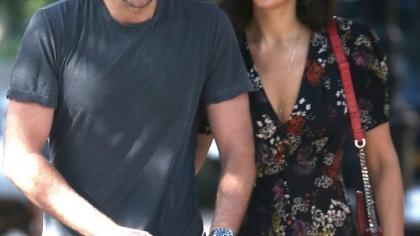 Irina Shayk l-a uitat pe Bradley Cooper! Surprinsă alături de un bărbat misterios
