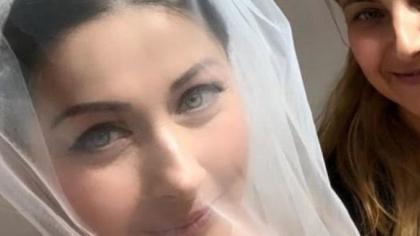 Ce decolteu generos a avut Gabi Cristea la nuntă! Prezentatoarea TV a slăbit 12 kilograme