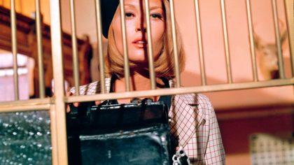 Celebra actriță e mutilată de operațiile estetice. Era frumoasă, dar acum nu o mai recunoști