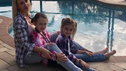 Mărturia îngrijorătoare a unei românce din America, țara cu cele mai multe cazuri de coronavirus. Ce le-a făcut fetițelor ei de 6 și 10 ani